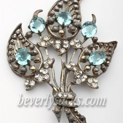 Pomerantz Blue Flower Brooch